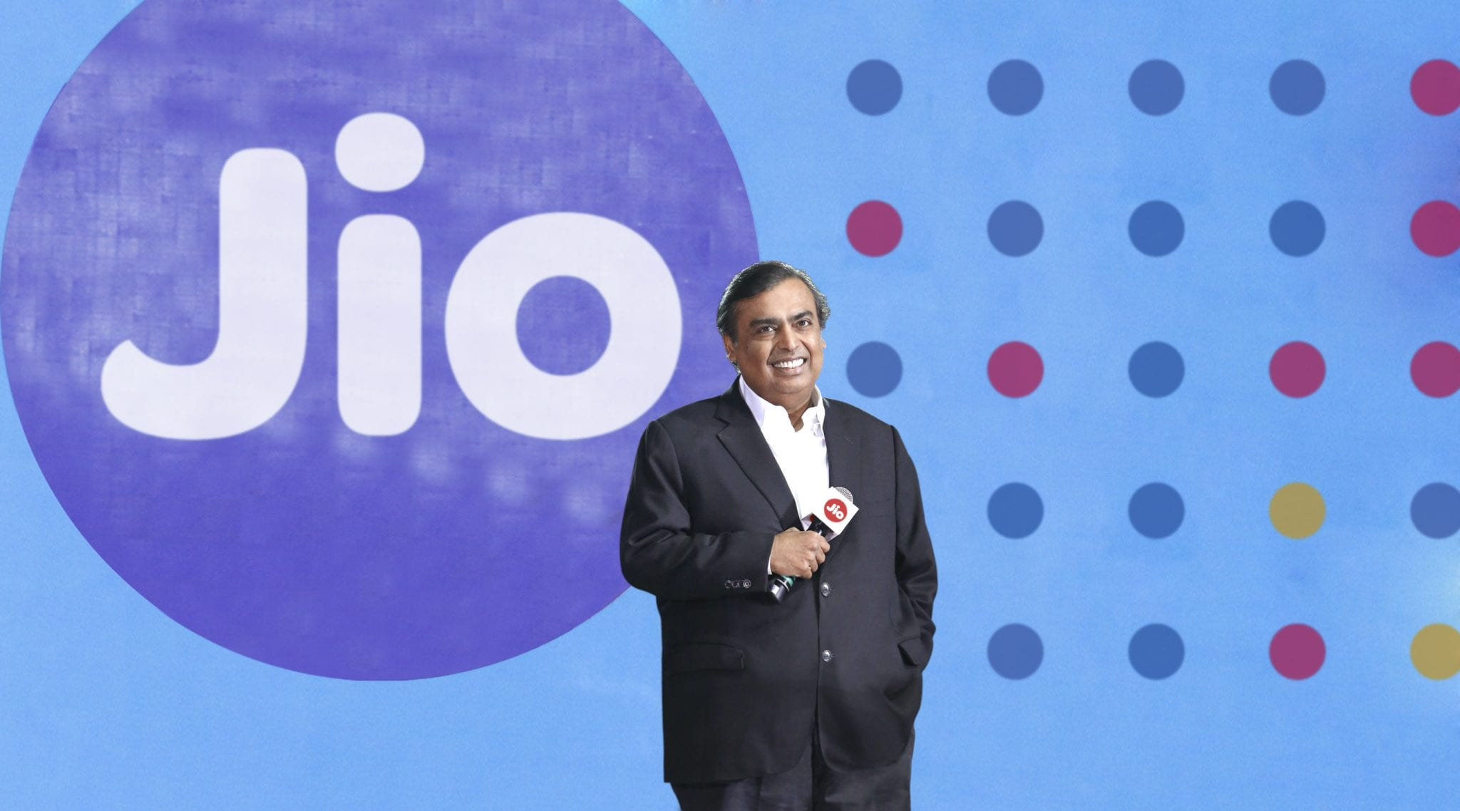 mukesh-ambani-the-ceo-of-reliance-industries-announced-that-reliance-jio-will-provide-fastest-internet-service-in-india