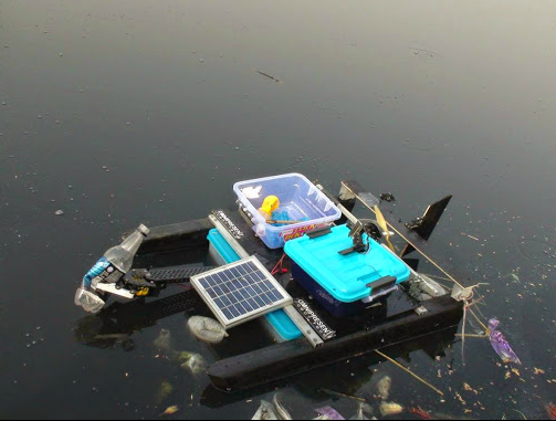 Ro Boat River Cleaning Robot In Action Yamuna