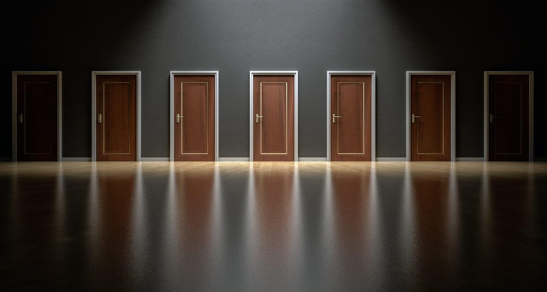 doors-1587329_1920