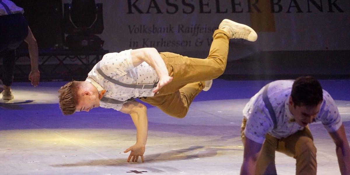 acrobat-bn
