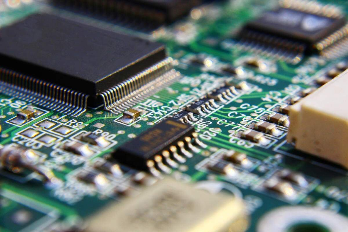 Can India Achieve Self Reliance In Semiconductor Manufacturing?