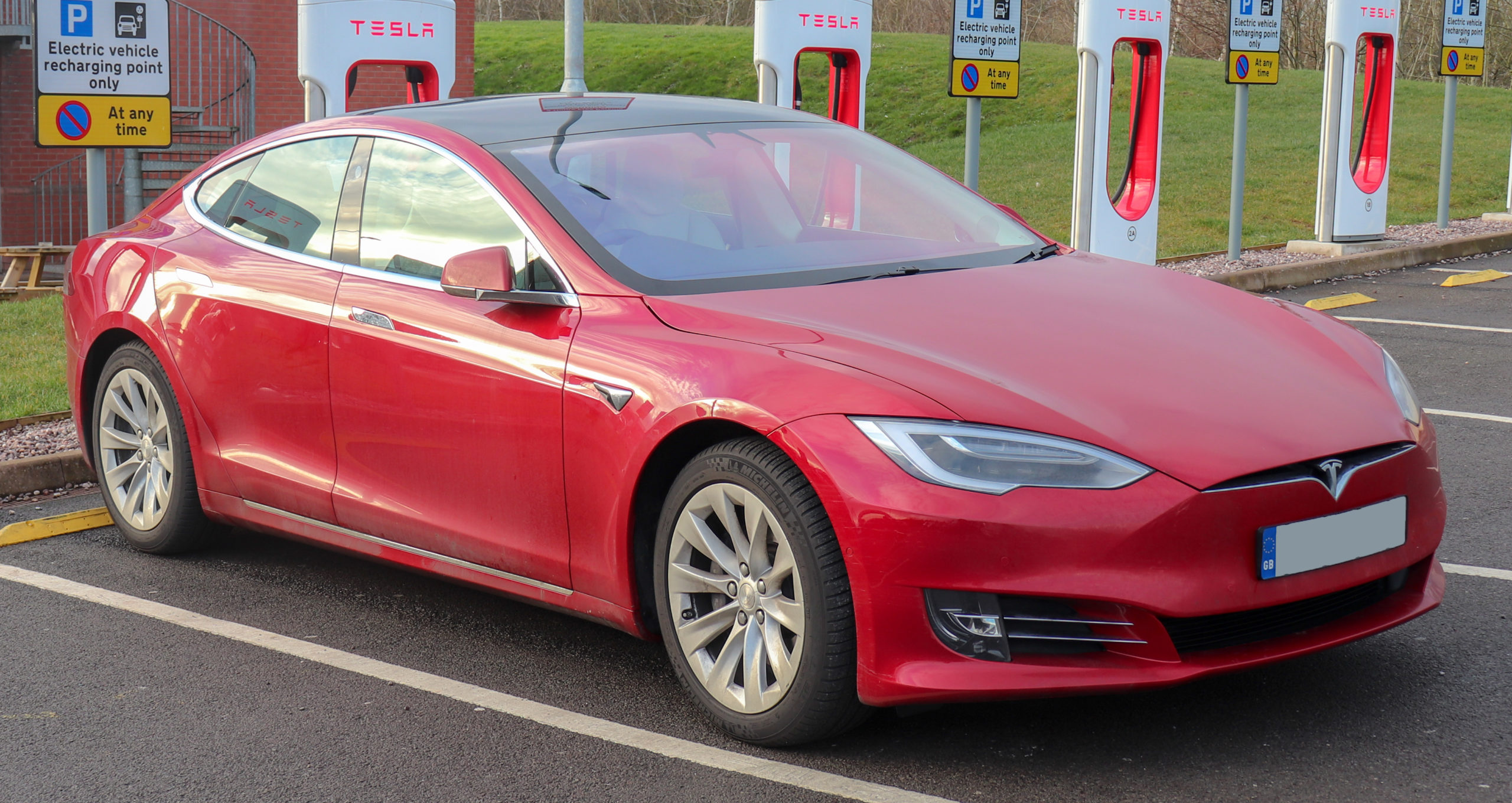 Tesla Might Soon Set Up A Research Centre In Bengaluru