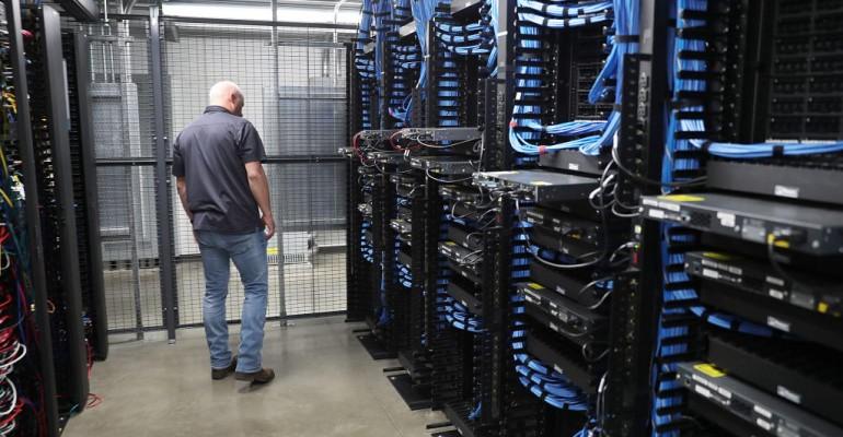 How Should An Enterprise Choose A Third-Party Data Centre