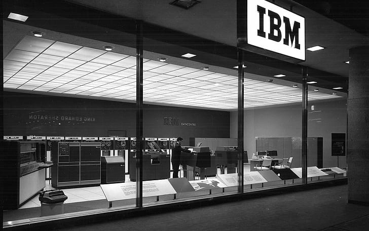 IBM Unveils World's First 2 Nanometer Chip Technology